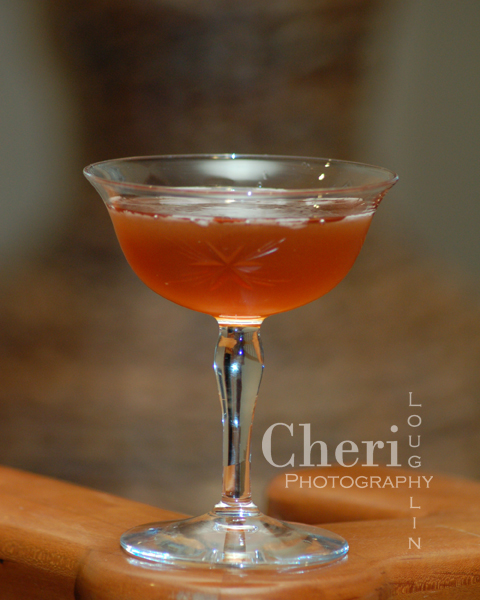 French Kiss with Gin, Sweet and Dry Vermouth