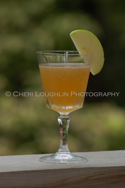 Apple Trace Teenie low calorie bourbon cocktail