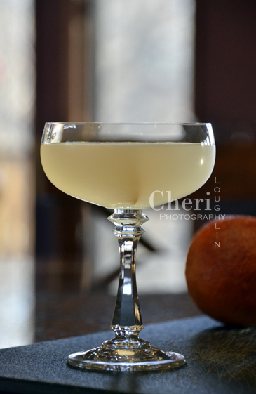 White Lady Classic Cocktail - Gin, Premium Orange Liqueur, Lemon juice